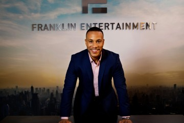 DeVon Franklin - desk high rez __ Photo Credit Jay Lawrence Goldman